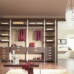 walk in wardrobes with pillars and modules